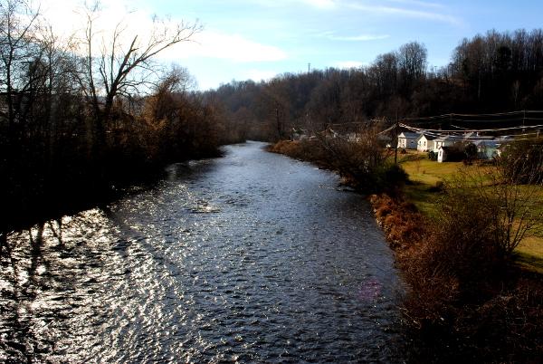 sm_River in Bassett