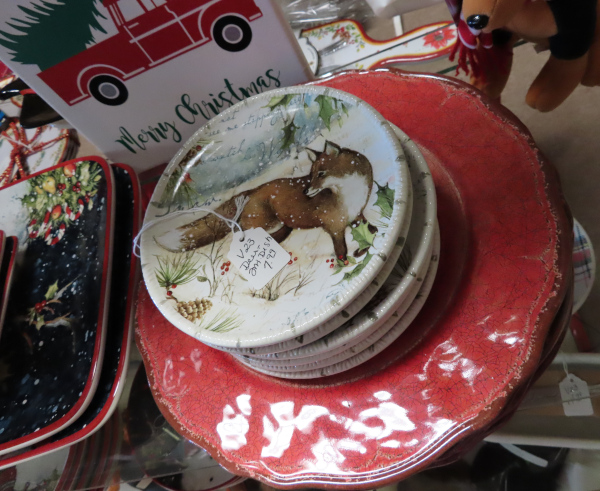 Decorative Holiday Saucers with a Fox in the Snow